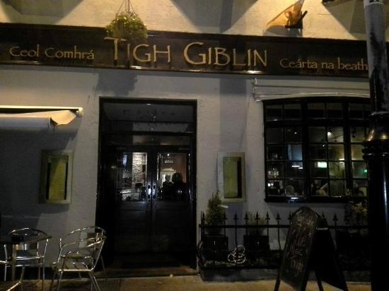 Tigh Giblin: Fabuleux Pub