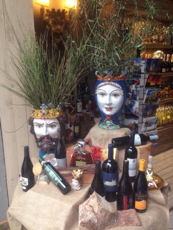 Wine & Charme