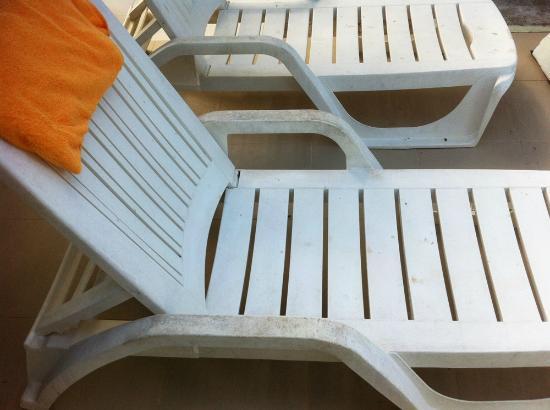 The Beach Boutique Resort: Dreckige Liegen