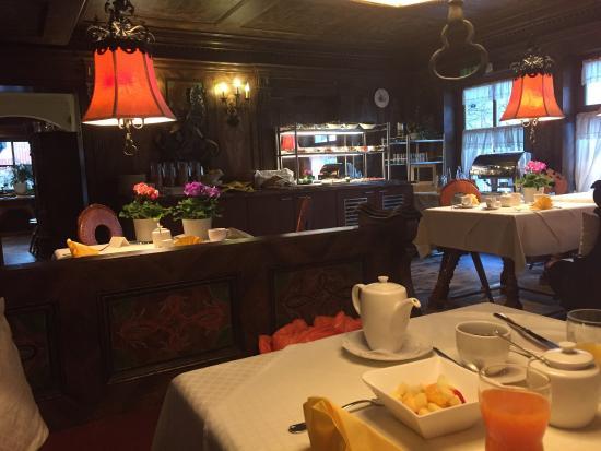 Hotel Schrenkhof: Ontbijtruimte