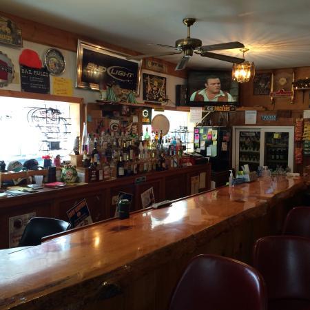 Kendall, WI : The bar at the Hidden Inn.