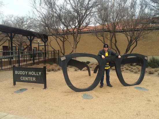 The Buddy Holly Center : Interesting place with a lot of history! Smaller than I would expect. Friendly staff will direct