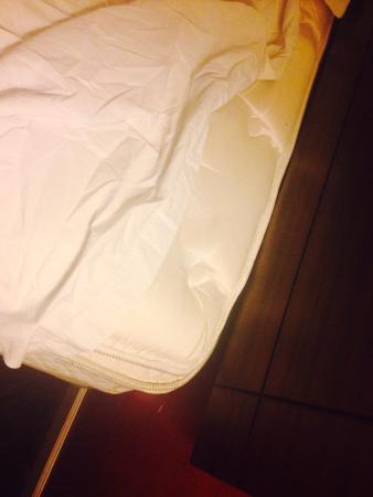 Americas Best Value Inn & Suites: No cover sheet.,,