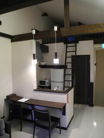 Upper floor of 1-bedroom chalet