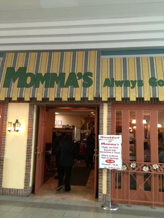 Mommas Family Restaurant