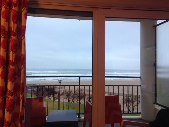 Hôtel La Frégate Vacanciel : La vue depuis le lit