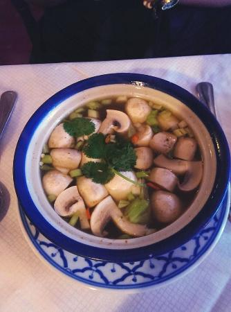 Natee Tip Thai Restaurant: mushroom soap