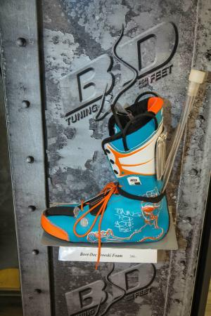 Neige Aventure School & Sport Shop : Boots fitting
