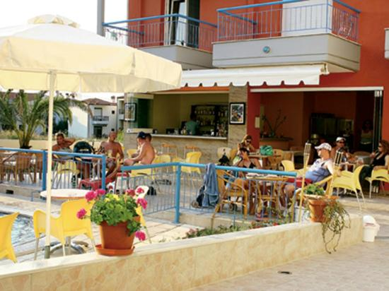 Hotel Summer Dream: Summer Dream Hotel
