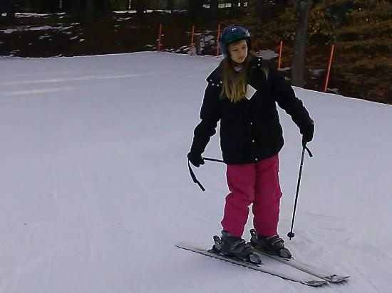 Madison, Nueva Hampshire: Alia warrming up before hitting the slopes