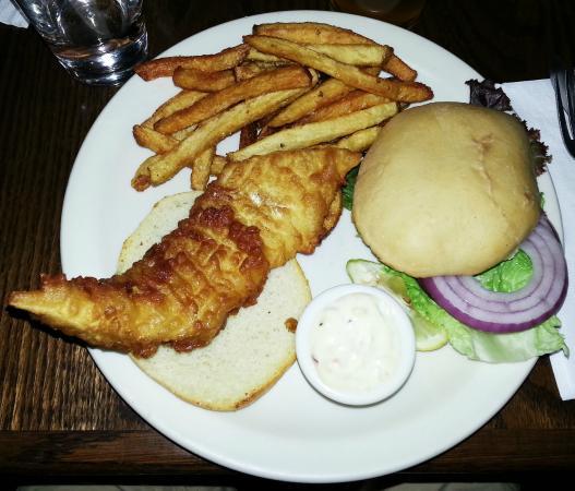 Ukiah Brewing Company & Restaurant: Fish fillet sandwich