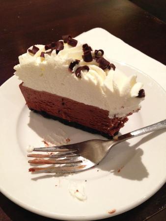 Selland's Market Cafe & Bakery: Yummy chocolate mousse cake