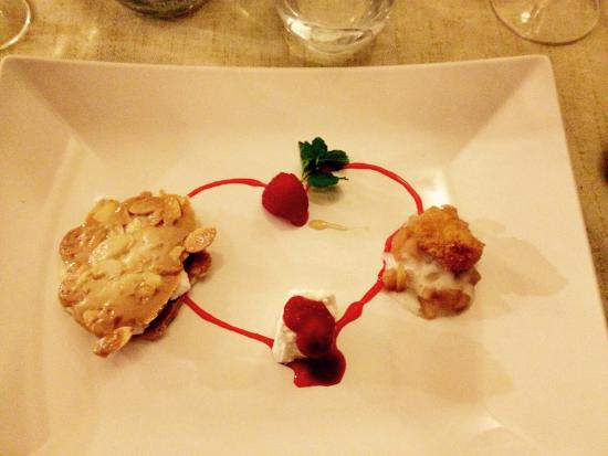 Hotel Locanda le Tre Oche : Il dolce più indicato per l'occasione ;-)