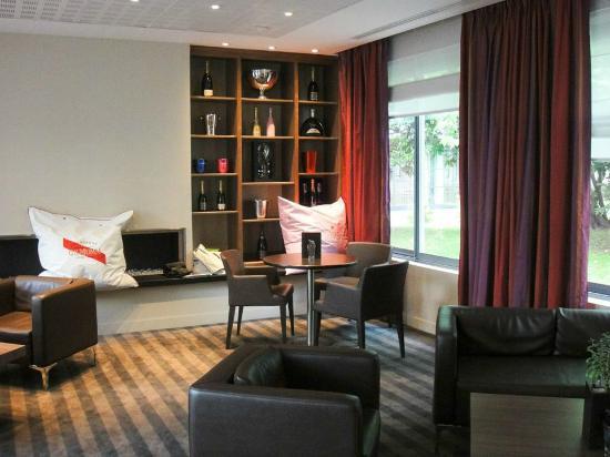 Relais de la Malmaison Paris Rueil Hotel & Spa: Le coin bar