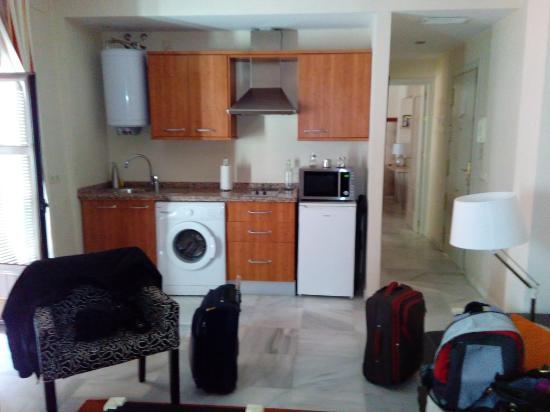 Apartamentos Altamira Sevilla: Cocina