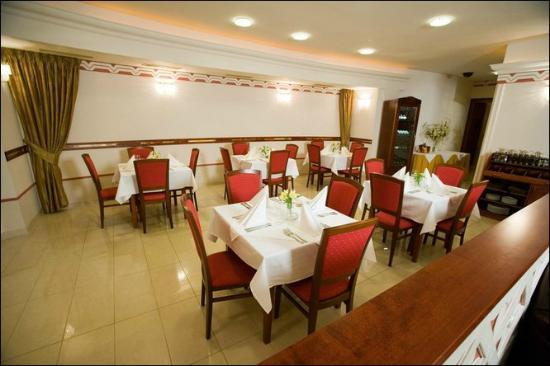 Aj Petri Restaurant