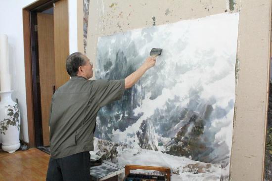 Artists Studio - Famous DPRK Artist - Picture of Mansudae Art Studio ...