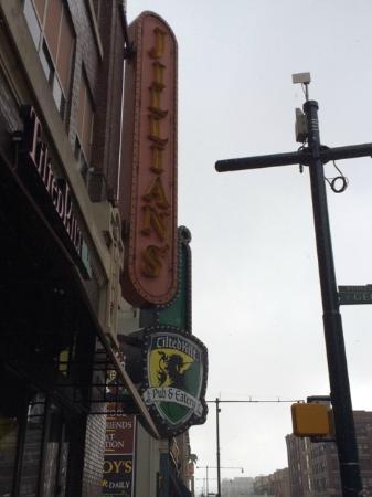 Tilted Kilt Pub & Eatery: Exterior on Street Corner