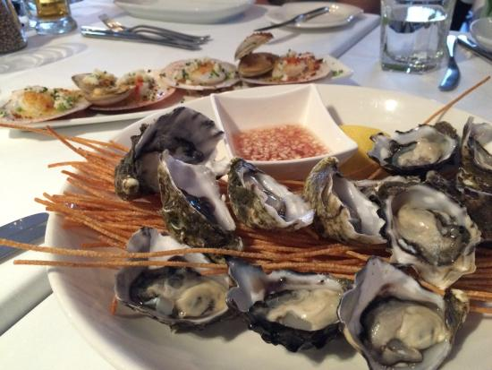 Jellyfish Restaurant: Oysters there are pretty fresh