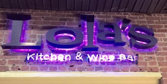 Lola S Kitchen And Wine Bar
