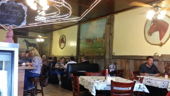 Horseshoe Cafe : Western Motif