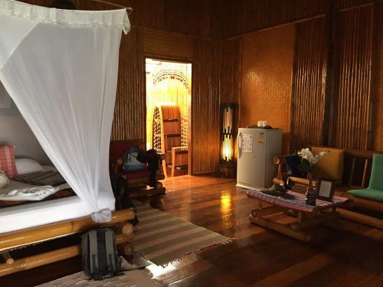 Viking Natures Resort: Chambre et salon Max Mai 2 A
