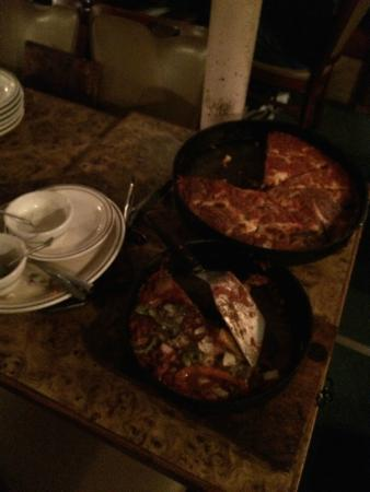 Burt's Place: pizzas