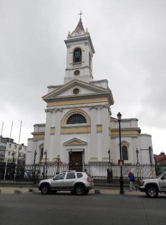Catedral Sagrado Corazon: Catedral PUQ