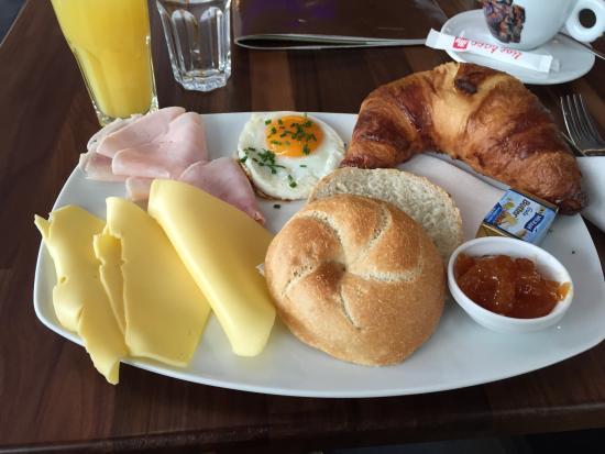 Chilai Landstrasse: Wiener Frühstück groß