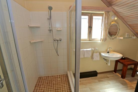 Hotel Pension Rapmund: Luxuryflat bathroom