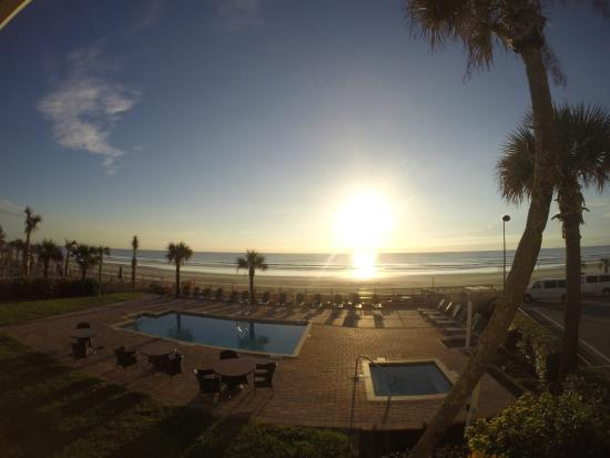 Beach House Inn: Oceanview