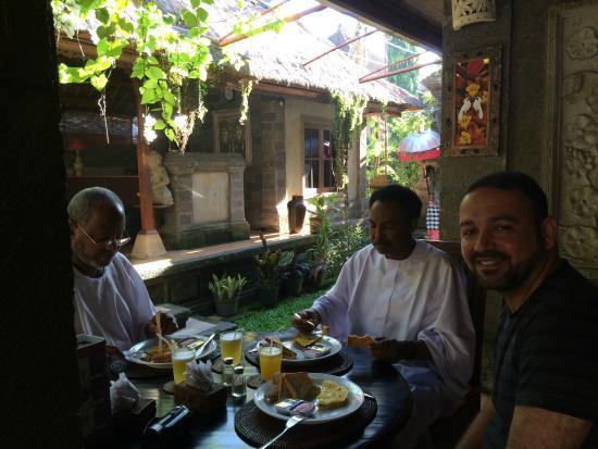 Paras Bali Restaurant: Breakfast Time