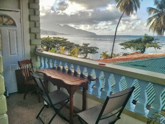 The Nixons Bay Side Mangrove Inn: Balcony view on top floor