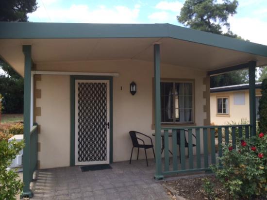 Kapunda Tourist Park: WIndmill Cabin