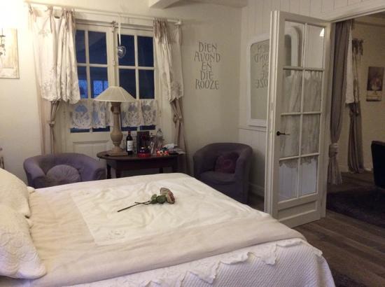 Romantische slaapkamer photo de loverlij jabbeke tripadvisor - Romantische slaapkamer ...
