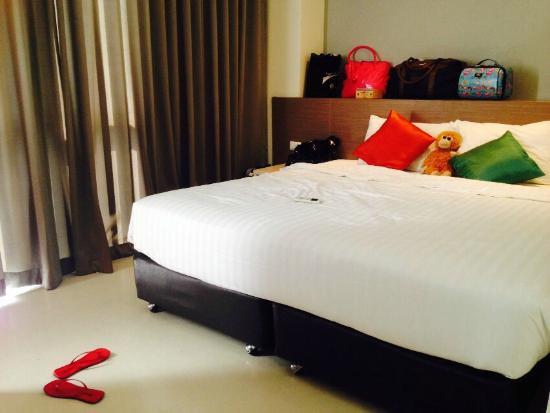 D Varee Xpress Makkasan, Bangkok: Bedroom