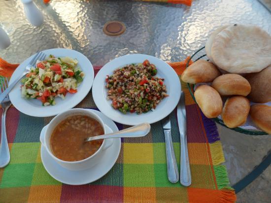 Sea Sun Hotel Dahab: Одно из блюд на обед