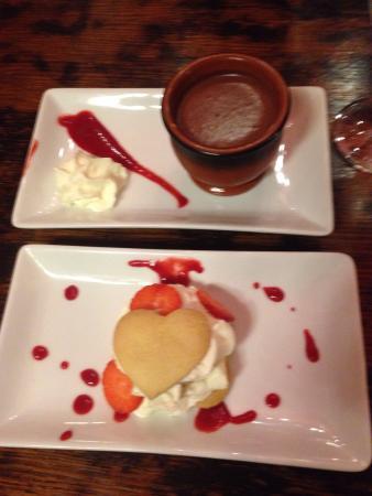 Stag Hotel: Valentines dessert.