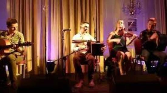 Town Hall Cafe: Music in the Old Ground