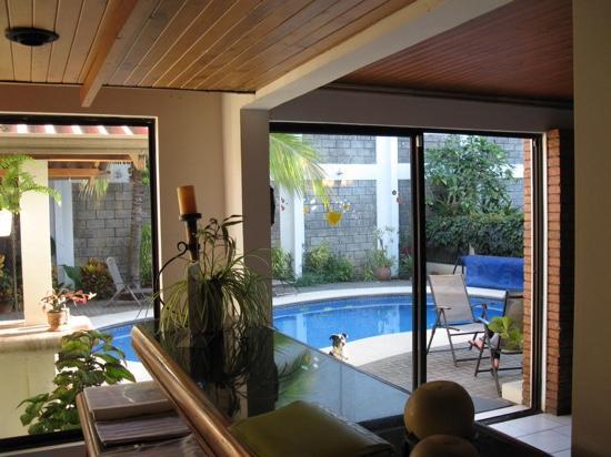 Casa Laurin B&B : vue de la cour intérieure