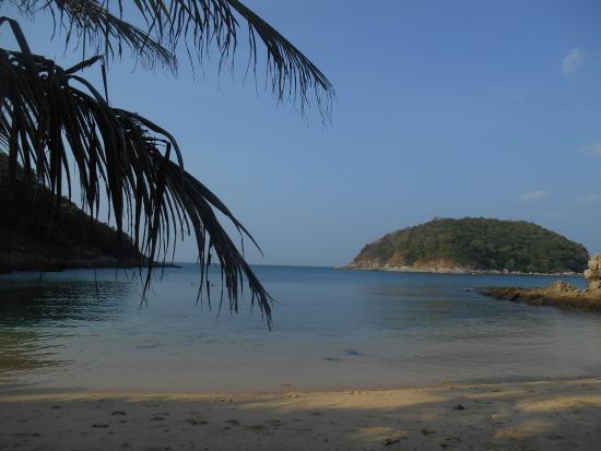 Nai Harn Beach : au petit matin