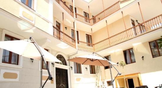 Georgia GT Hotel