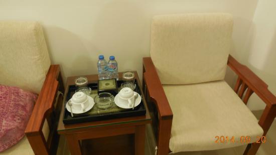 Lan Lan Hotel 1: サービスドリンクもあり。