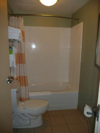 SpringHill Suites West Palm Beach I-95: Bath