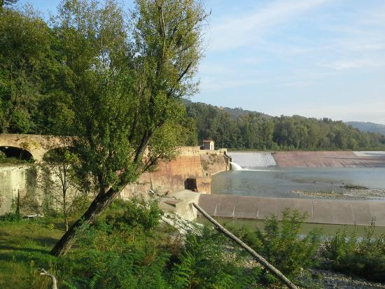Parco della chiusa picture of parco della chiusa for Casalecchio di reno bologna hotel