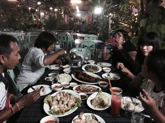 Palai Seafood: Love the garlic shrimp!