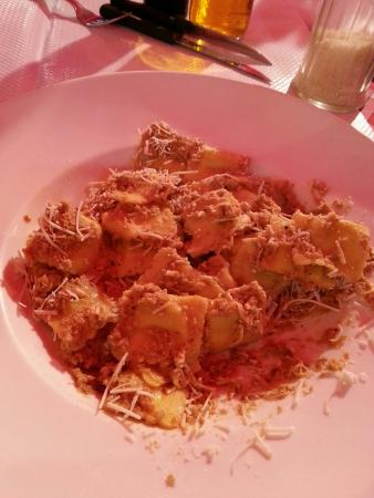 Brasserie L'F: €13 ravioli, from a packet and pretty dire