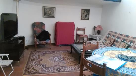 La guerite sausses restaurantbeoordelingen tripadvisor - La salle a manger salon de provence restaurant ...