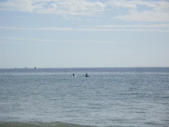 Island Surfboard Rentals: Family SUP off Canoe beach (Kaanapali)