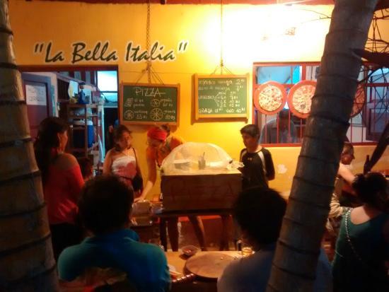 Pizzeria La bella Italia: Bella Italia